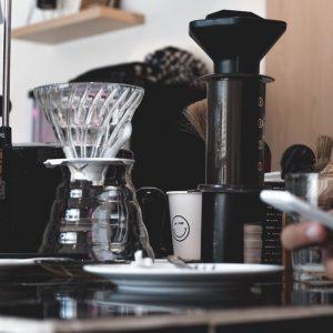 تفاوت قهوه ساز V60 و ایروپرس