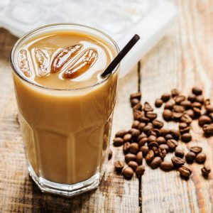 تفاوت آیس کافی با قهوه سرد